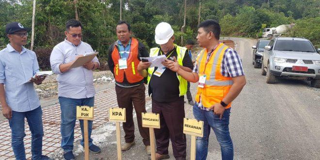 Ahmad Dadek Pinta Pembangunan Jalan Meulaboh-Pidie Segera Dipacu