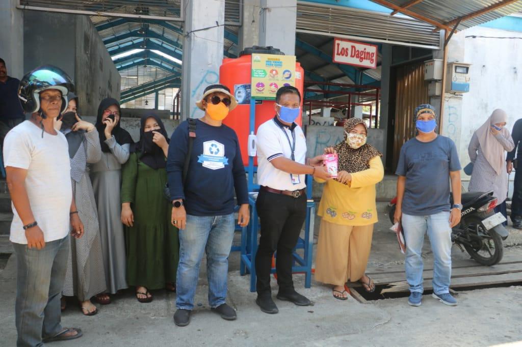 Ditengah Pandemi Covid-19, PT Mifa bersaudara Berikan Wastafel Portable Untuk Aceh Barat