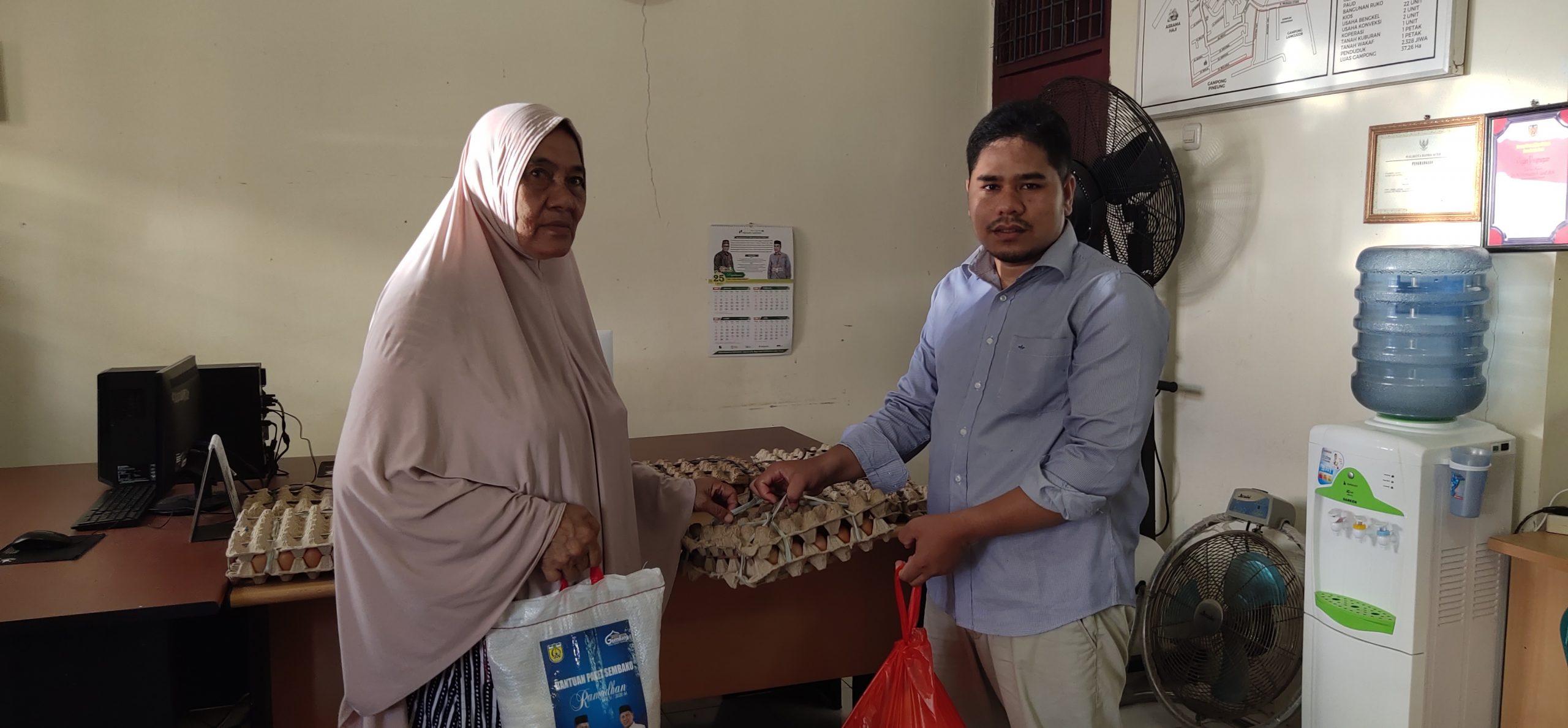 Hadapi Pandemi Corona, Gampong Peurada Salurkan Bantuan